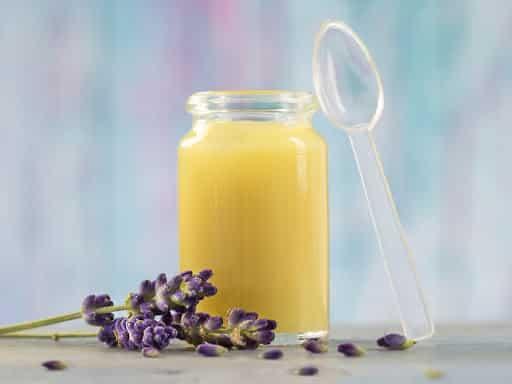 Sữa ong chúa và những công dụng hữu ích không thể bỏ qua